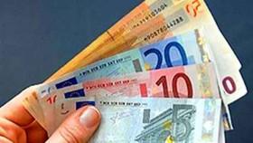 Banii-trimiside-romanii-