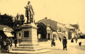 statuie-kogalniceanu-trecut